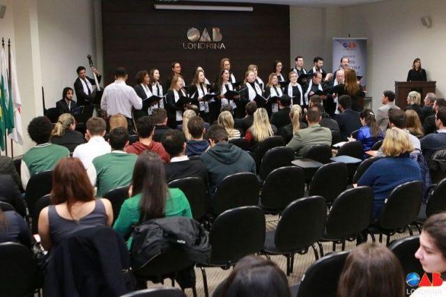 Coral Londrina apresenta Cantata de Natal na sede da Subseção