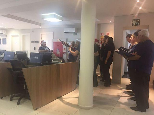 Coral da CAA e OAB Paraná encerra 2017 com chave de ouro em apresentação na BPP