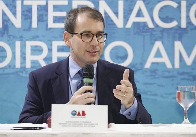 Diretor tesoureiro da CAA/PR presidiu mesa em Conferência de Direito Ambiental