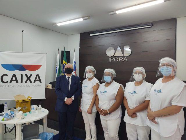 Campanha de vacinação da CAA-PR imuniza 40 advogados e dependentes em Iporã