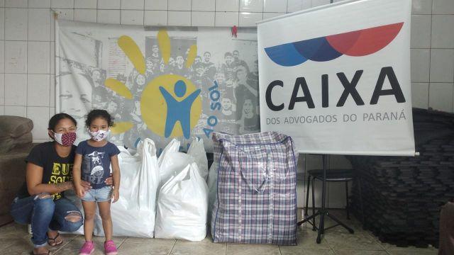 CAA-PR entrega itens arrecadados pela Campanha do Agasalho