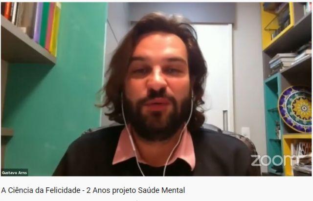 """""""A terapia deveria ser obrigatória no desenvolvimento do ser humano"""", afirma Gustavo Arns em palestra do projeto Saúde Mental"""